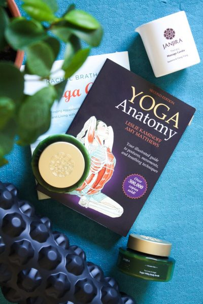 Yoga Journal: 3 ways how to relax after a strenuous yoga flow